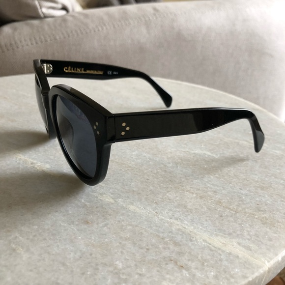 0bdcfff72c80 Celine Accessories - Céline Large Audrey sunglasses